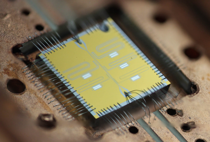 A quantum computer to tackle fundamental science problems