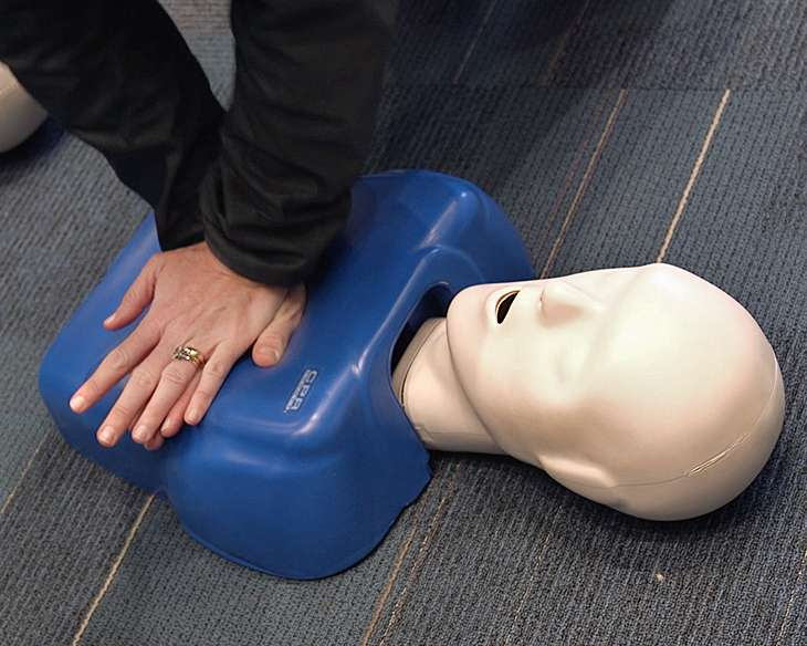 Cardiac arrests in black neighborhoods less likely to get CPR, defibrillation
