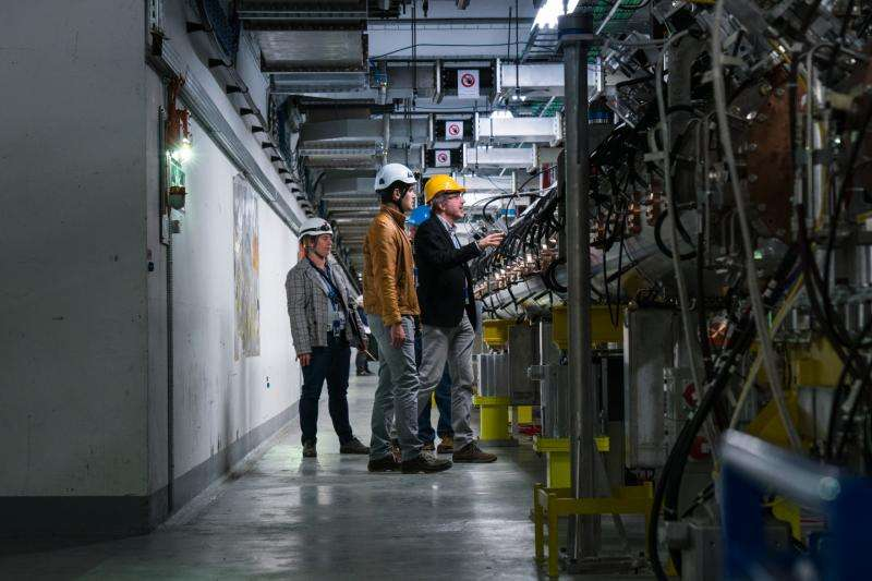CERN celebrates completion of Linac 4