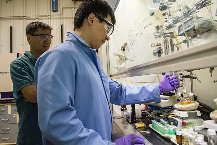 Chemical treatment improves quantum dot lasers