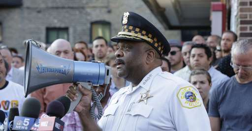 Chicago tries to learn from New York crime fighting success