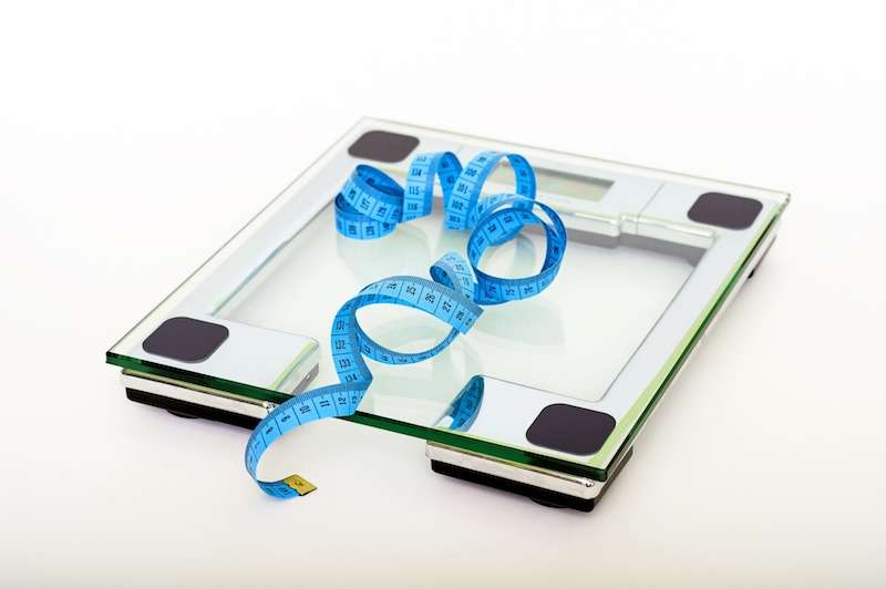 College freshmen who weighed themselves daily lost body fat