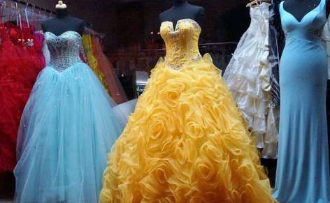 Consumer reviews reveal positive experience in renting formal dresses
