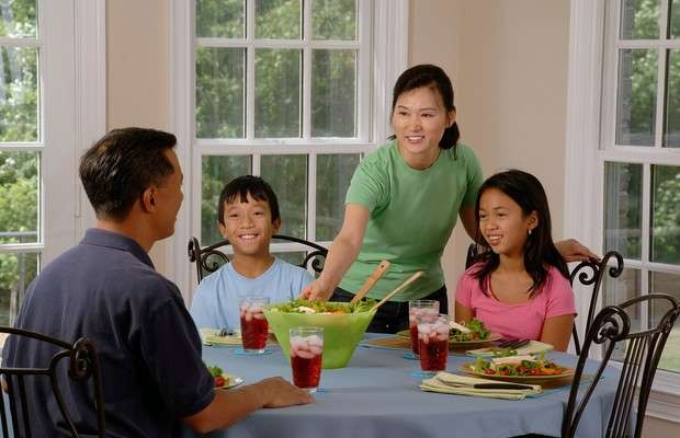 Cooking family meals, skipping TV during those meals linked to lower odds of obesity