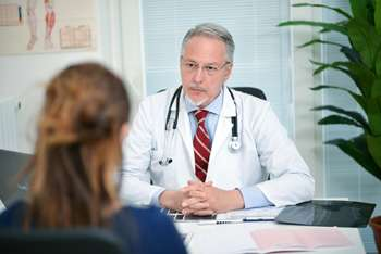 Depression screening rates in primary care remain low