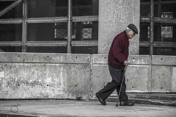 Elderly people who choose the wrong shoes have a lower quality of life