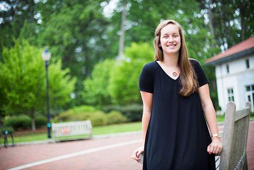 Emory senior researches the linguistic value of emojis