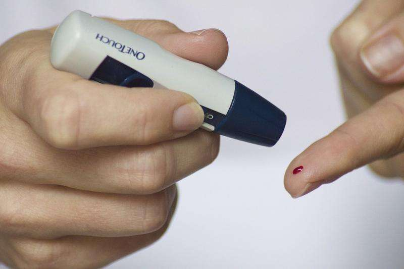 """First-generation """"artificial pancreas"""" brings hope for people with type 1 diabetes"""