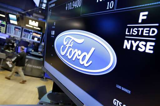 Ford to cut jobs as sales level off, stock price lags