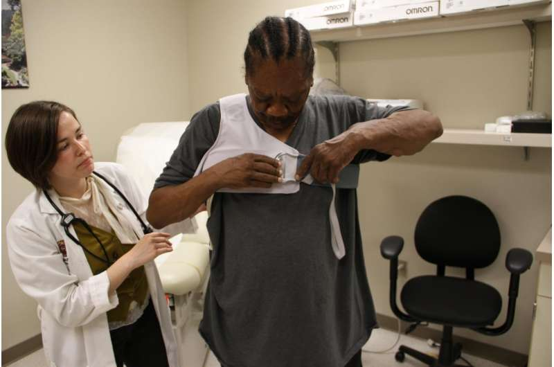 Hi-tech vest may help keep heart failure patients out of hospital
