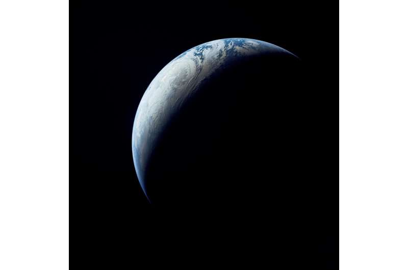 Image: Earth as viewed from 10,000 miles