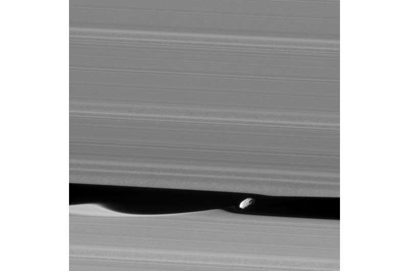Image: Wavemaker moon Daphnis