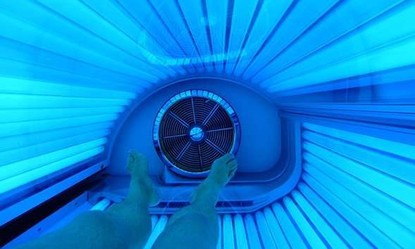 Indoor tanning study reveals surprising new at-risk group for skin cancer