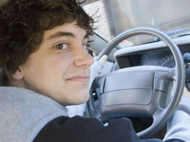 Keeping your driving teen focused on the road