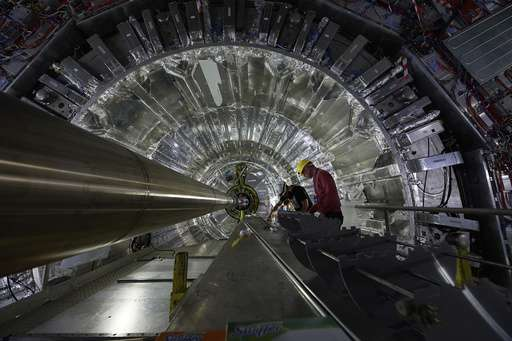 Key experiment at world's biggest atom smasher gets upgrade