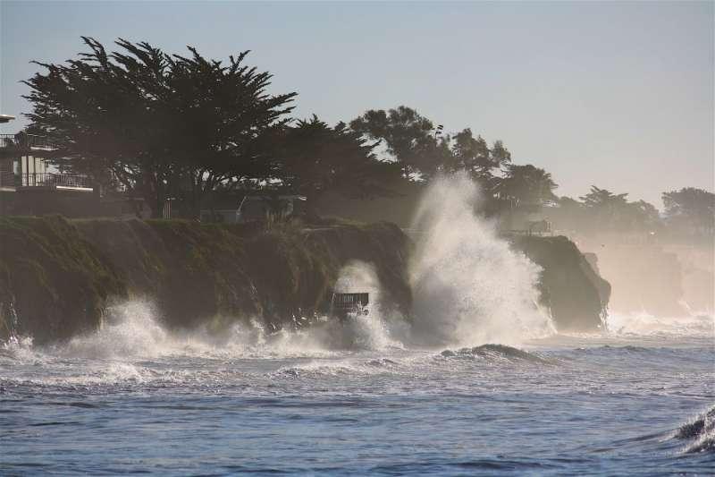 Last year's El Nino resulted in unprecedented erosion of the Pacific coastline: study