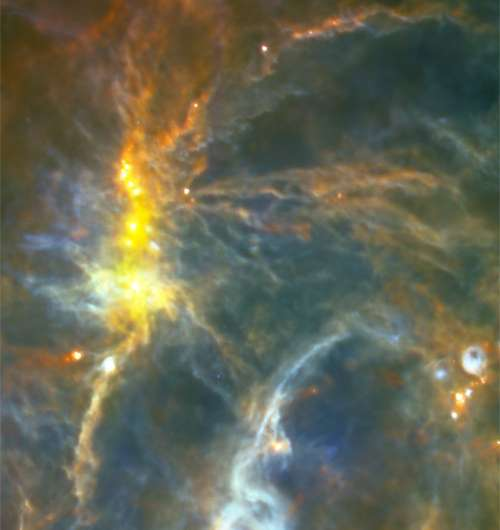 Magnetic fields in massive star formation cores
