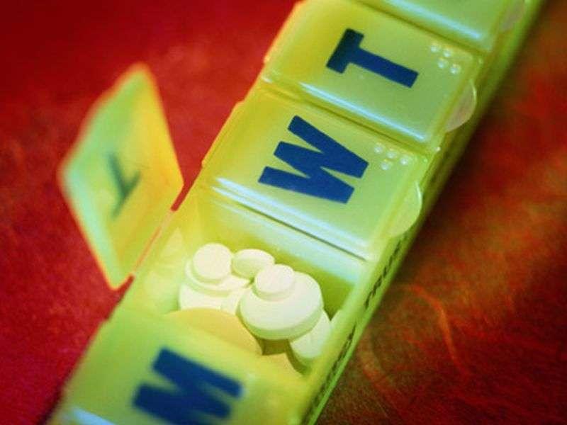 Major bleeding risk from drugs similar in elderly