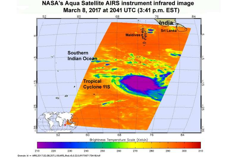NASA catches newly formed Tropical Cyclone 11S