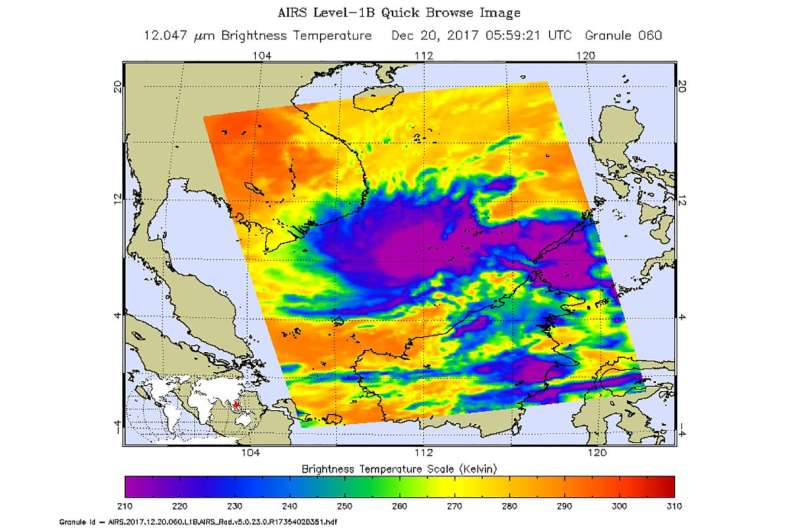 NASA sees a re-strengthened Tropical Storm Kai-Tak