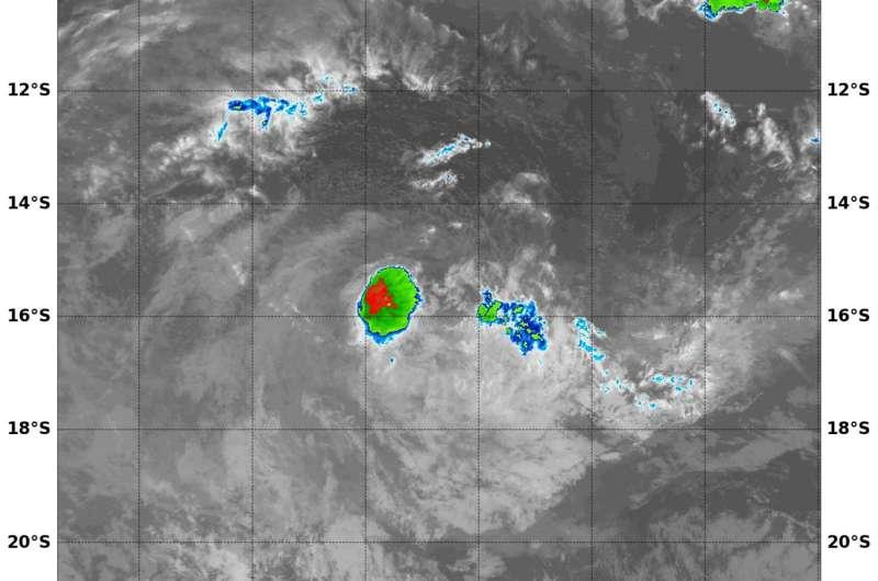 NASA sees tiny Tropical Cyclone Caleb fading