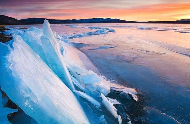 Ninety-eight scientists launch a 2,000-year global temperature database