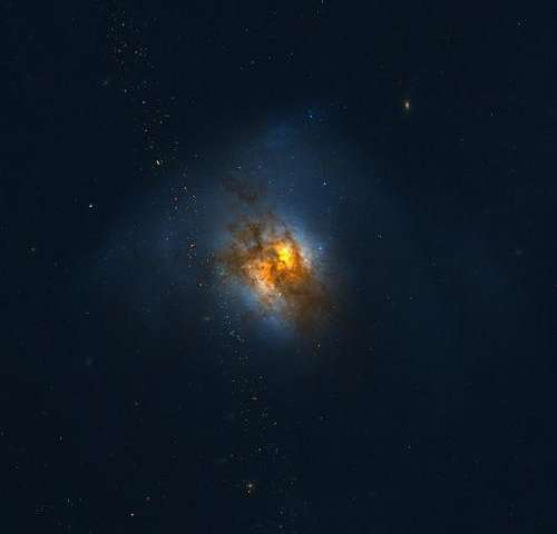 Outflowing Gas in Ultraluminous Galaxies