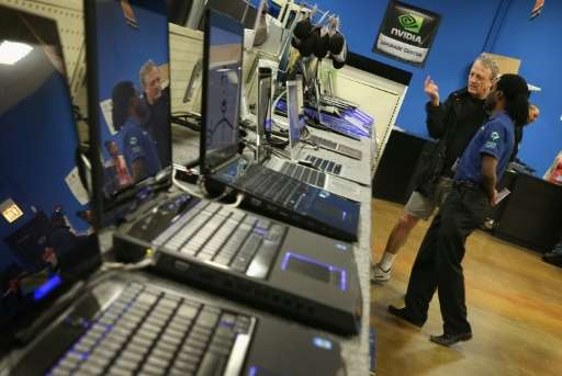 Personal computer sales dropped 6.2 percent in 2016, a decline that analysts tie to a lack of technological improvement in the m