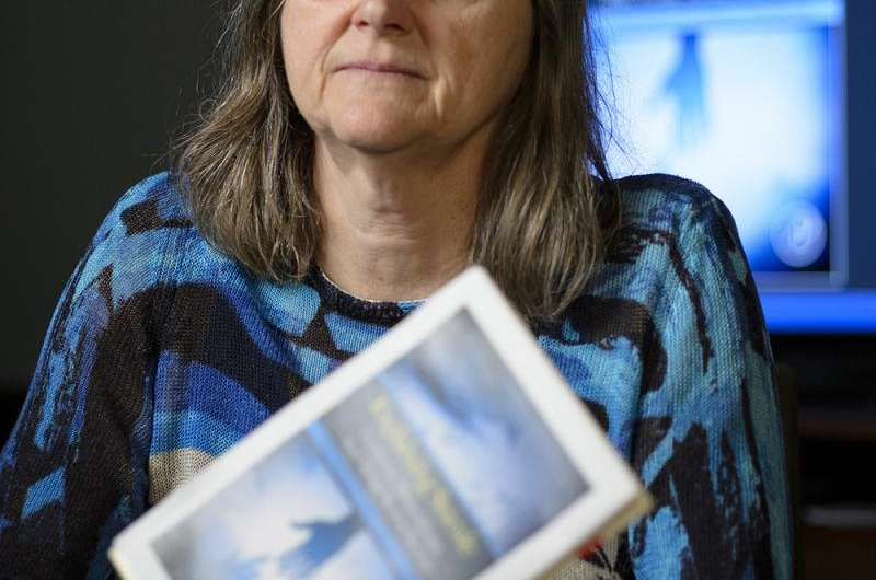 Psychology professor co-authors book exploring motivation for suicide and those who leave notes