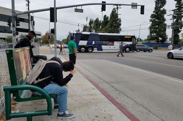Relocating bus stops would cut riders' pollution exposure, study finds