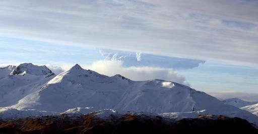 Remote Alaska volcano erupts again in brief explosion