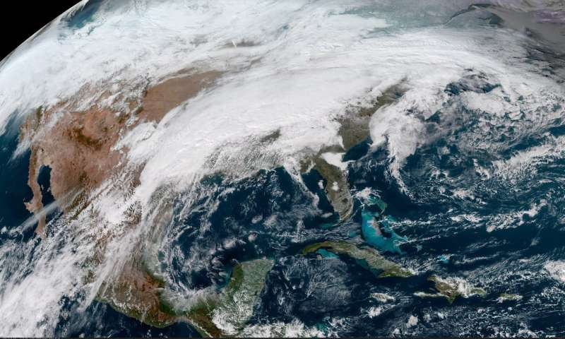 Satellite keeps an eye on US holiday travel weather