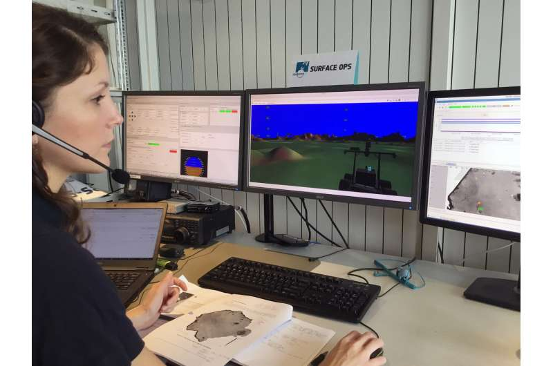 Simulating lunar surface operations