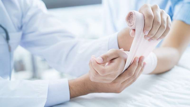 Smart bandage could promote better, faster healing