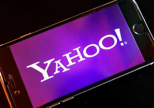 Soon you can watch the NFL free on your phone on Yahoo