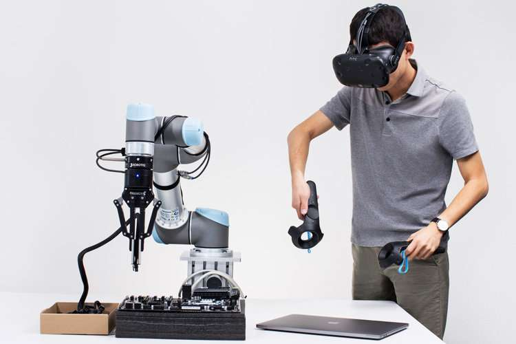 Startup to train robots like puppets