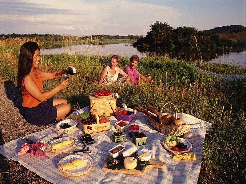 Think safety first when dining outdoors