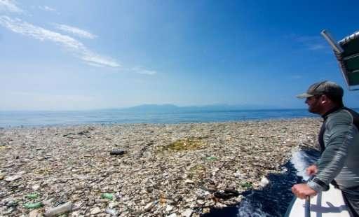 Trash islands' off Central America indicate ocean pollution problem