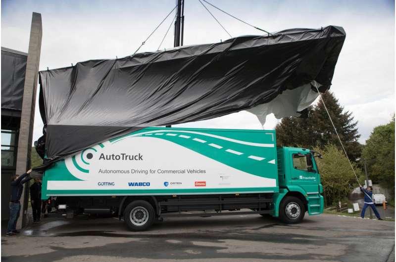 Autonomous trucks for logistics centers