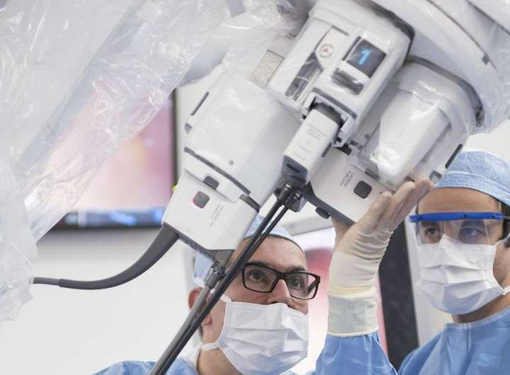 Cleveland Clinic first in the US to perform prostate surgery using single port SP robot