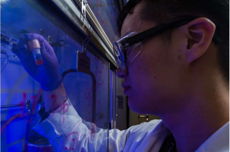Scientists simplify process to make polymers with light-triggered nanoparticles