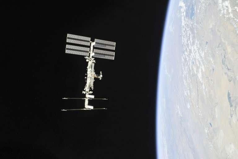 The two-millimetre cavity on the Soyuz spaceship caused an air leak