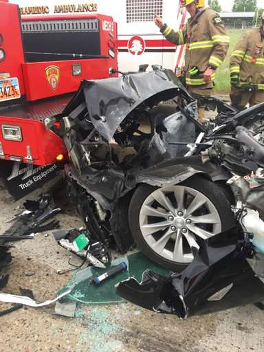 Utah driver sues Tesla after crashing in Autopilot mode