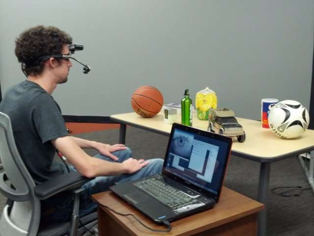 UTA patents headset that allows persons to point to objects of interest using their eyes