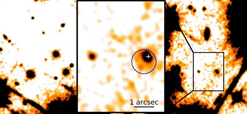 The surprising environment of an enigmatic neutron star