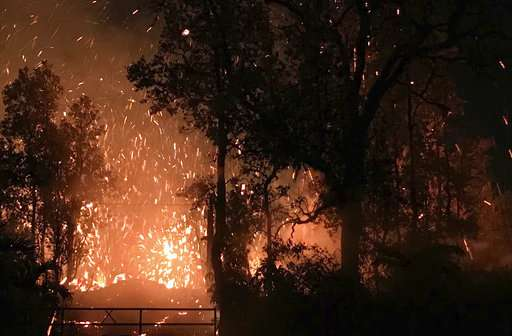 Hawaii volcano sends more lava, sulfur gas into communities
