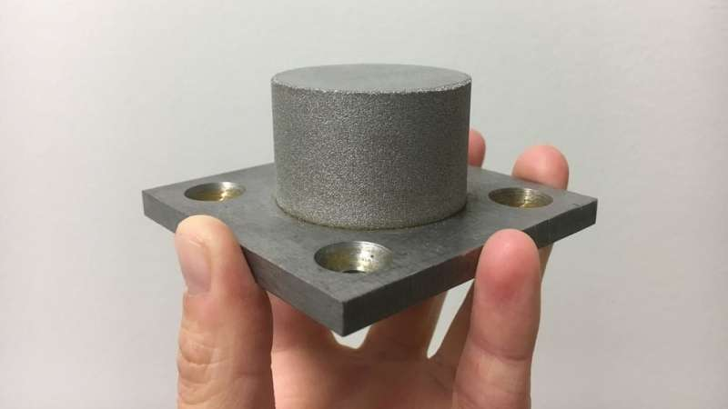 Researchers use 3-D printing to create metallic glass alloys in bulk
