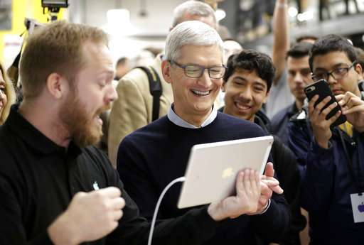 Apple expected to unveil new iPads, Mac in New York