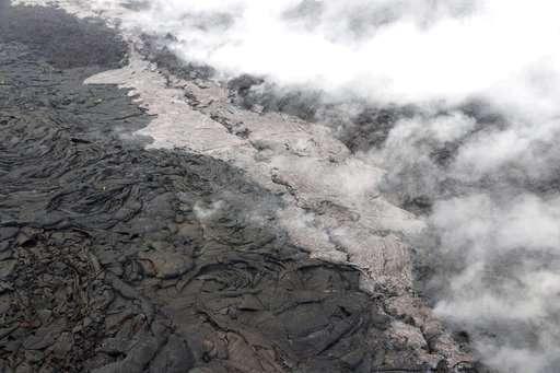 Dozens of quakes rattle Hawaii volcano, eruption possible