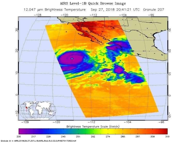 NASA looks at major Hurricane Rosa's water vapor concentration